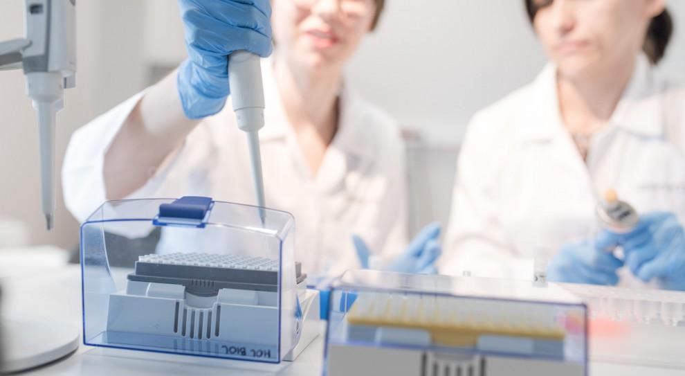 Kobiety w nauce, równouprawnienie: Pań naukowców przybywa, ale wciąż jest ich za mało