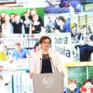 Anna Zalewska: Nauczyciele zasługują na większe podwyżki