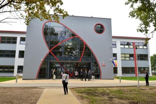 Miasto chce wydać 18 mln zł na podwyżki. Trafią do szkół i przedszkoli