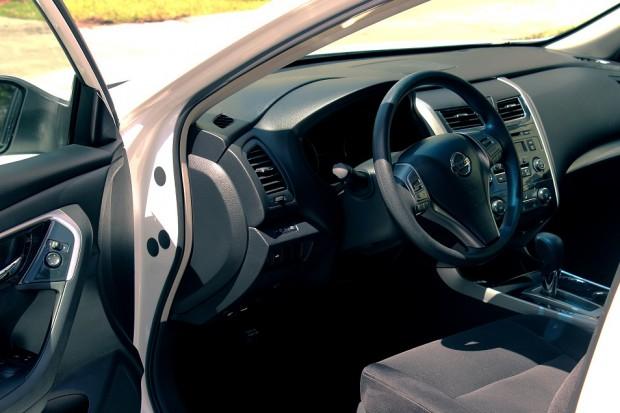 Nissan przyznaje: W komunikacji pomiędzy menedżerami a pracownikami produkcyjnymi były spore luki
