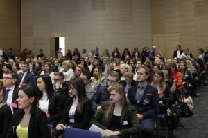 Coraz więcej zainteresowanych dyskusją o przyszłości HR i rynku pracy