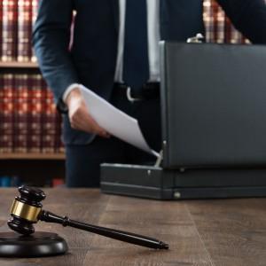 Duża kancelaria łączy się z zagranicznymi firmami prawniczymi