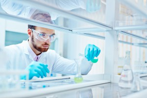 Miliony z UE  trafią do firm na granty badawczo-rozwojowe