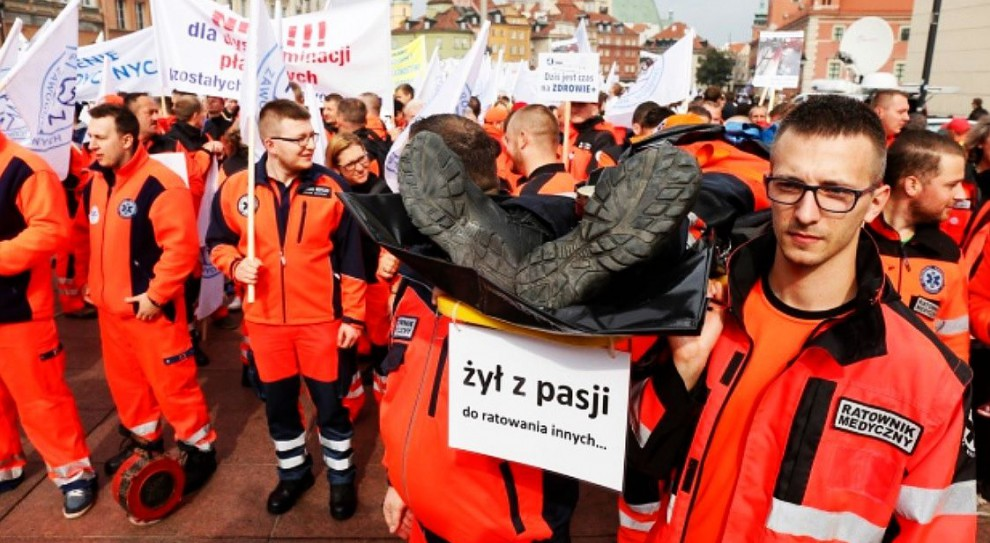 Strajk: Ratownicy medyczni znów będą protestować