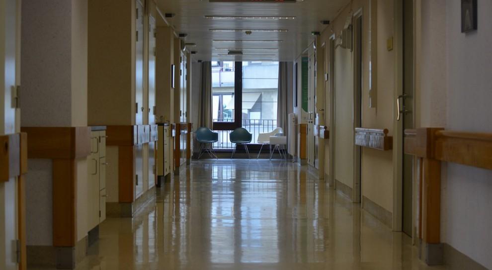 NRL: dyżury w szpitalach powinni pełnić lekarze o odpowiednich kwalifikacjach