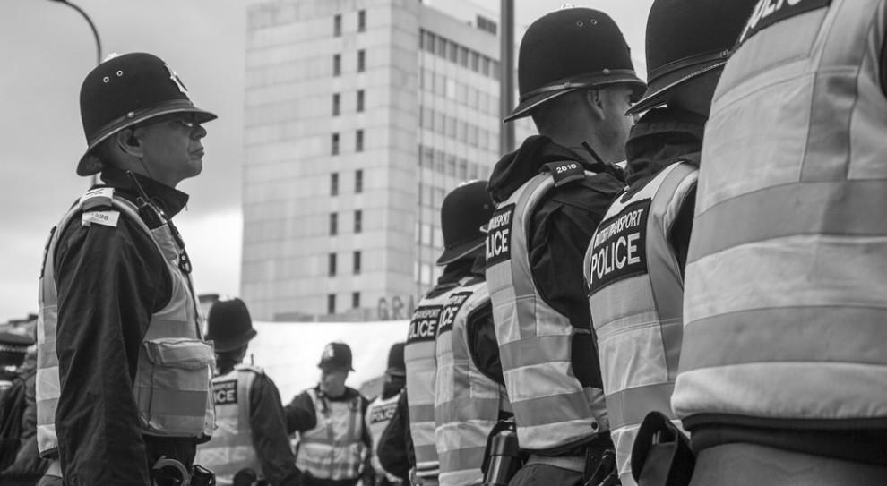 Wysłani do Katalonii policjanci skarżą się na warunki życia