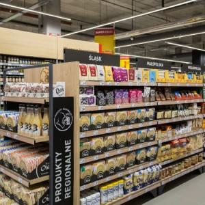 Carrefour boi się strajków. Odkłada plan transformacji