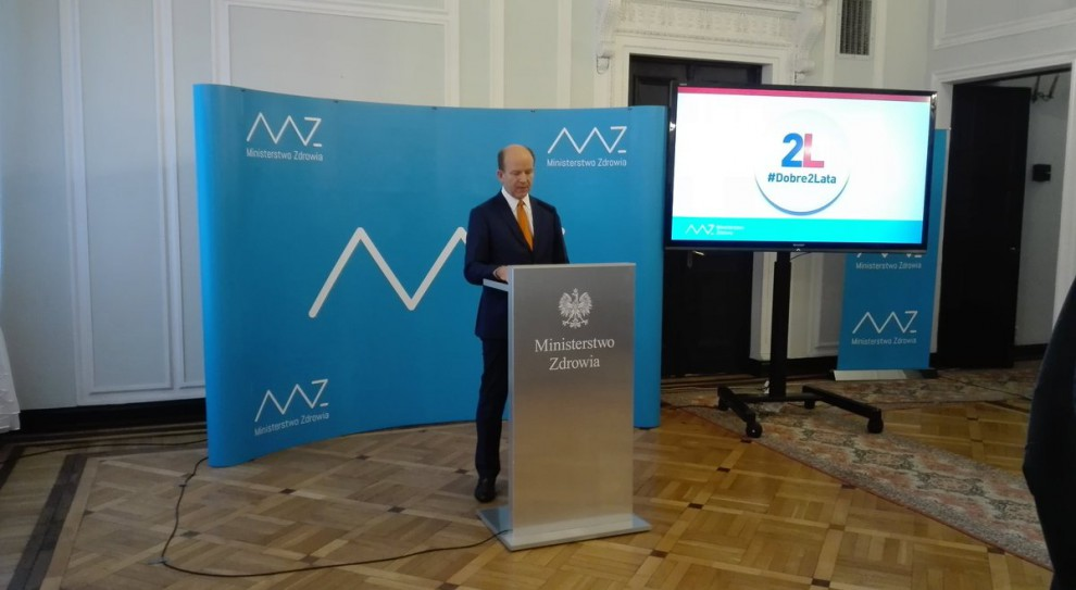 Konstanty Radziwiłł: Nawoływania do rezygnacji z dodatkowej pracy nie licują z godnością lekarzy