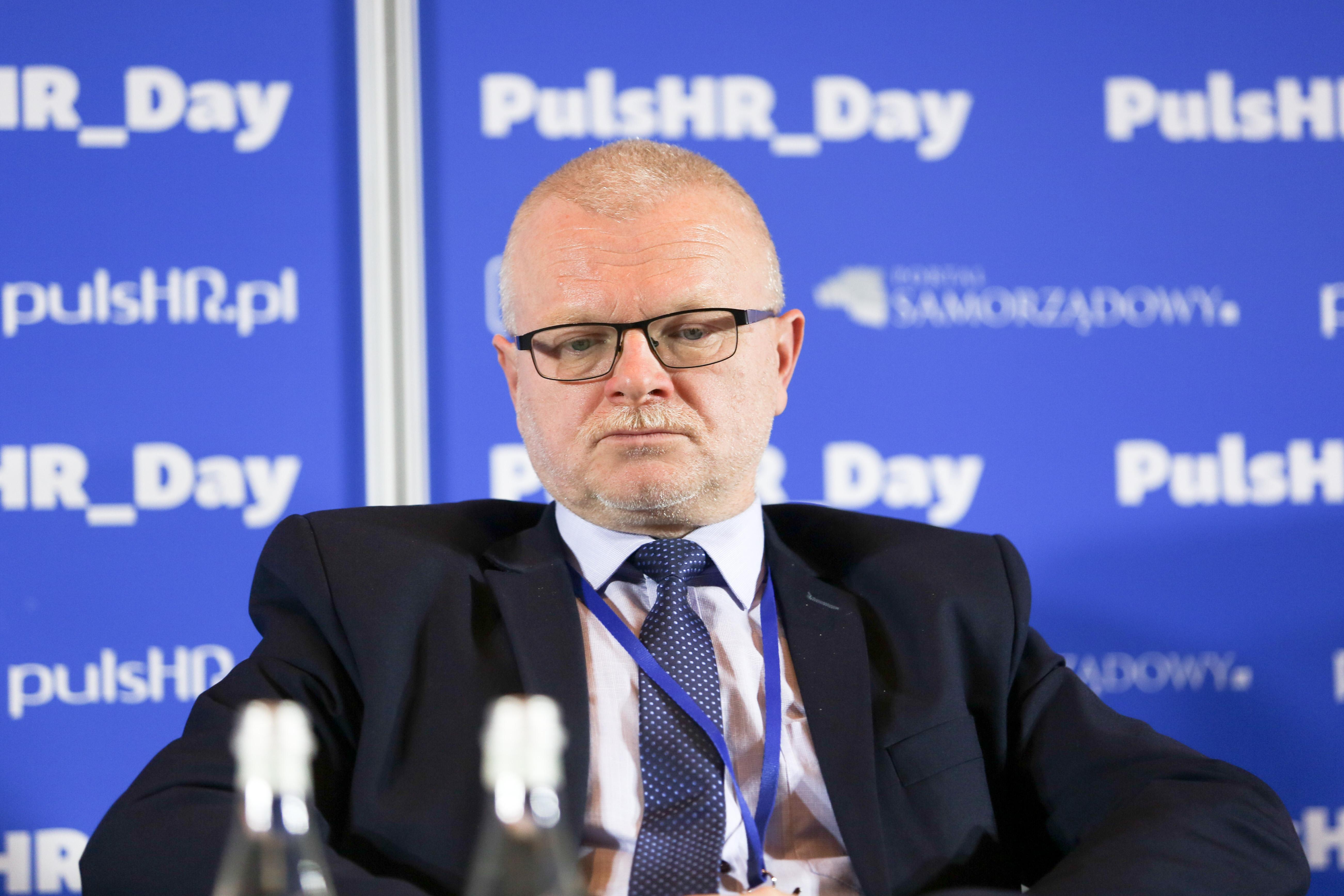 Jerzy Kędziora, dyrektor Powiatowego Urzędu Pracy w Chorzowie oraz przewodniczący Konwentu Dyrektorów Powiatowych Urzędów Pracy Województwa Śląskiego mówi, że urzędy pracy muszą iść z duchem czasu. (fot. PTWP)