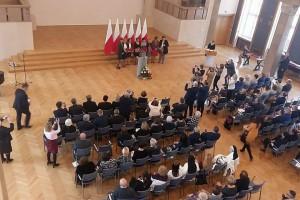 Elżbieta Rafalska: Zawód pracownika socjalnego wymaga coraz większych kompetencji