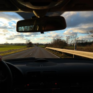 Kierowcy w niebezpieczeństwie? Co trzeci zawodowy kierowca wozi dla bezpieczeństwa przedmioty do obrony