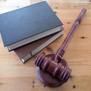 Sędzia ukradł element wkrętarki. Wydalono go z zawodu