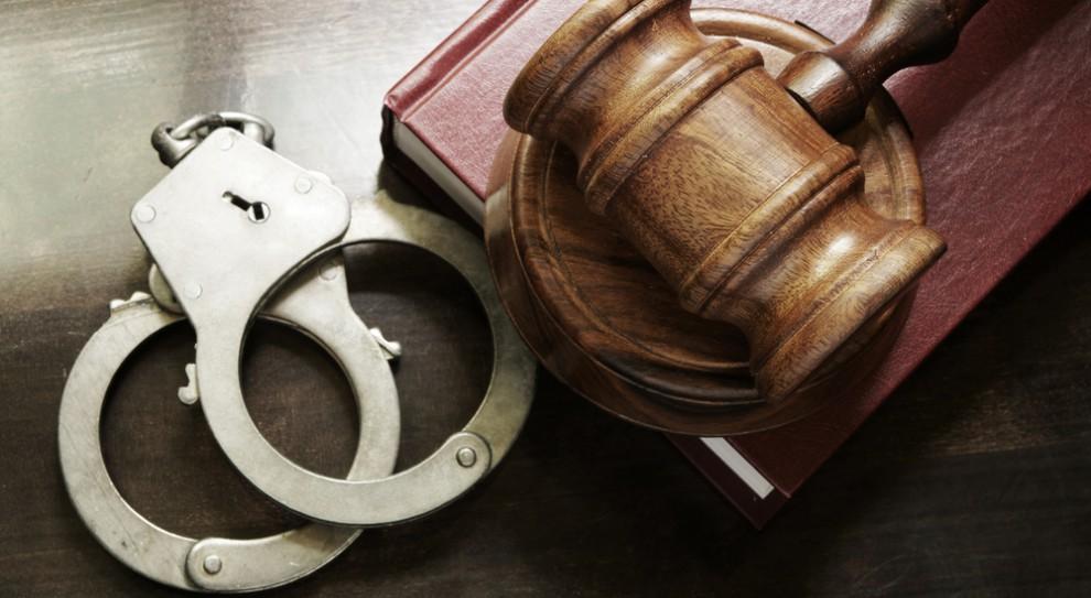19 zarzutów o charakterze korupcyjnym dla urzędnika