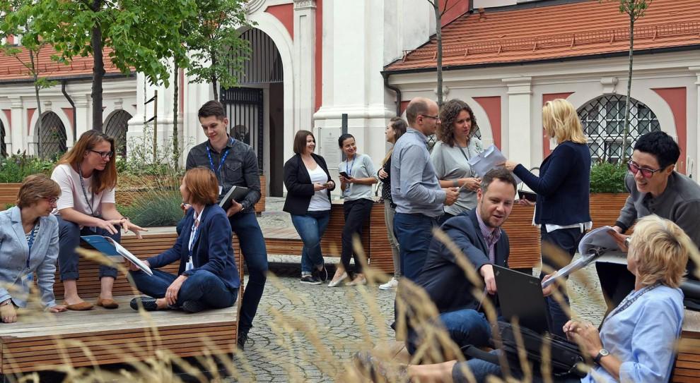 Poznański magistrat rekrutuje. Potrzebni księgowi, informatycy i specjaliści do spraw współpracy z mediami