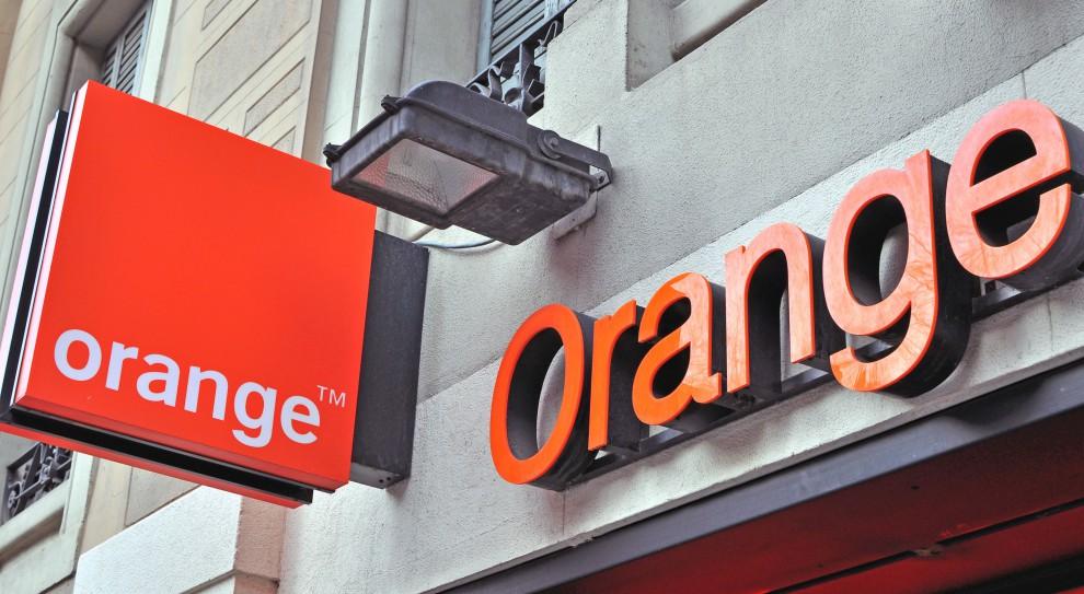 Zwolnienia w Orange: Z firmą pożegna się blisko 2,7 tys. osób