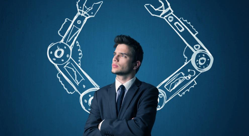 Sztuczna inteligencja, robotyzacja: Co zrobić, by nie stracić pracy?