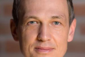 Członek zarządu T-Mobile Polska Artur Ostrowski odchodzi z firmy