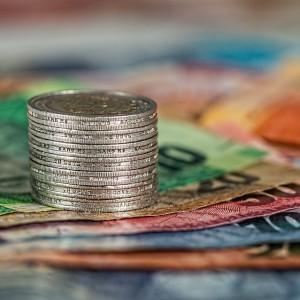 Raport. Nierówności płacowe jeszcze nigdy nie rosły tak szybko