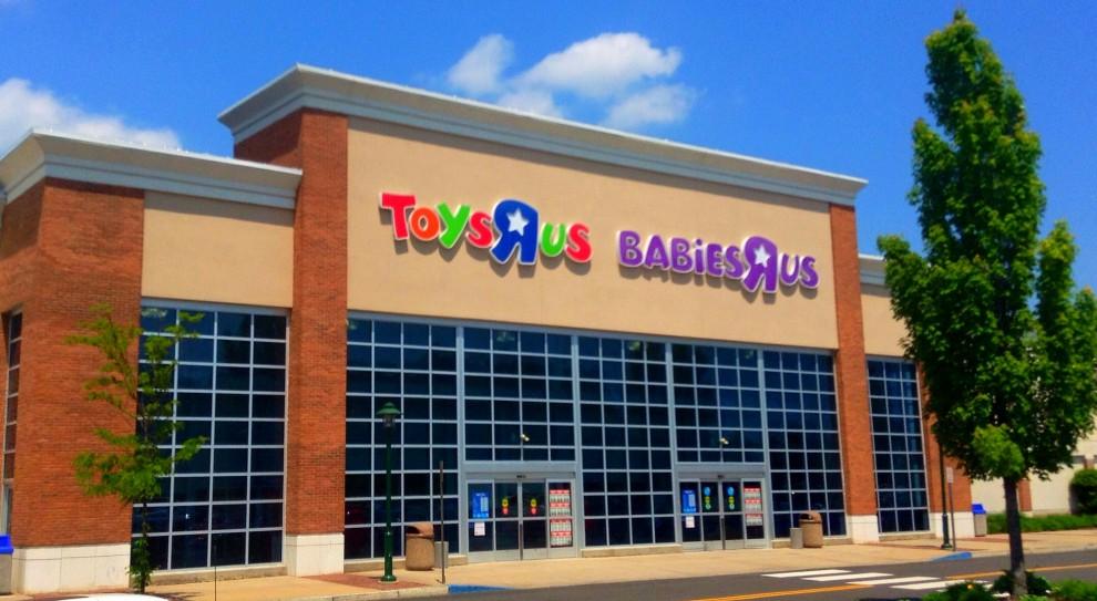 Toys R Us zwolni 800 osób lub 3 200. Firma popadła w problemy finansowe w Wielkiej Brytanii