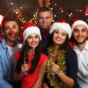 Firmowa wigilia? Oto świąteczny dress code dla mężczyzn