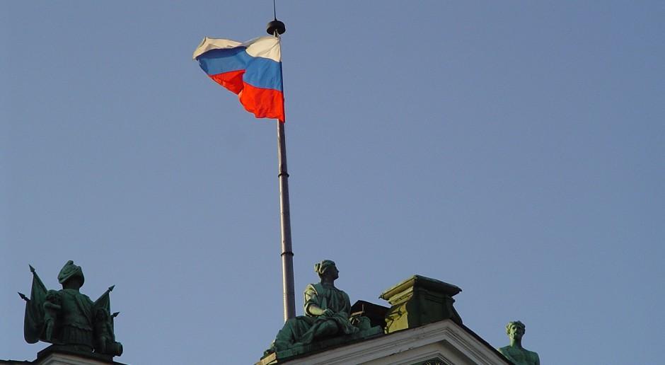 Flaga Federacji Rosyjskiej, źródło: flickr.com/domena publiczna