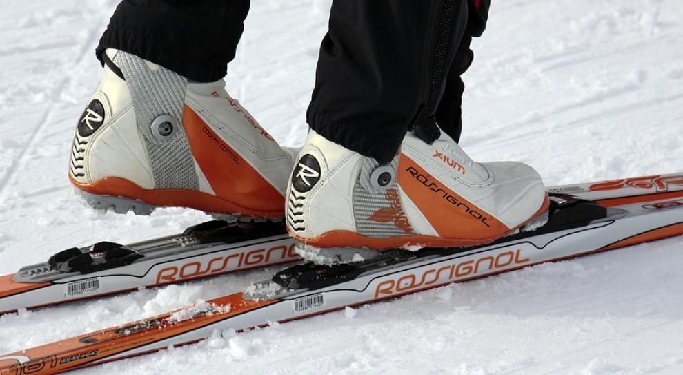 Policjanci na nartach zadbają o bezpieczeństwo na stokach w Beskidach