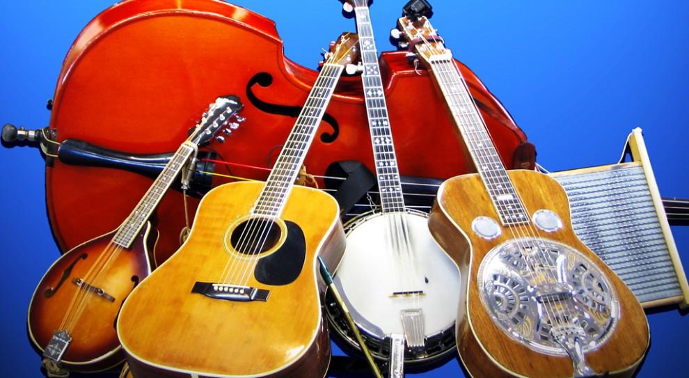 Niecodzienna forma integracji. Pracownicy z całego świata organizują amatorską orkiestrę