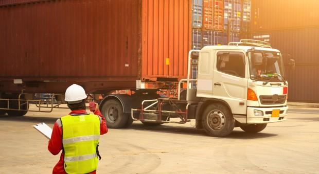 Pracownicy delegowani: Zmiana przepisów zwiększy koszty administracyjne firm