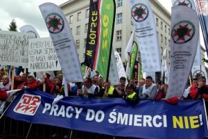 Komisja Europejska chce nowej dyrektywy o pracownikach. OPZZ popiera i atakuje rząd RP za bierność