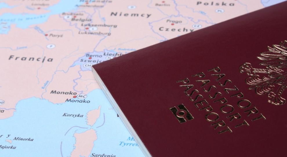 Dlaczego warto pracować za granicą? Te powody cię zaskoczą