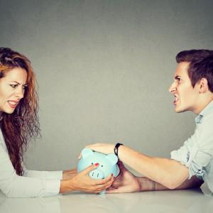 Drastyczne różnice między płacami kobiet i mężczyzn. Można znieść te nierówności