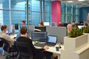 Sto nowych miejsc pracy czeka na specjalistów z sektora nowych technologii