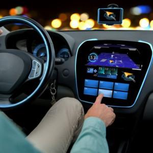 Trzy firmy motoryzacyjne wydadzą 1 mld dol. na start-upy