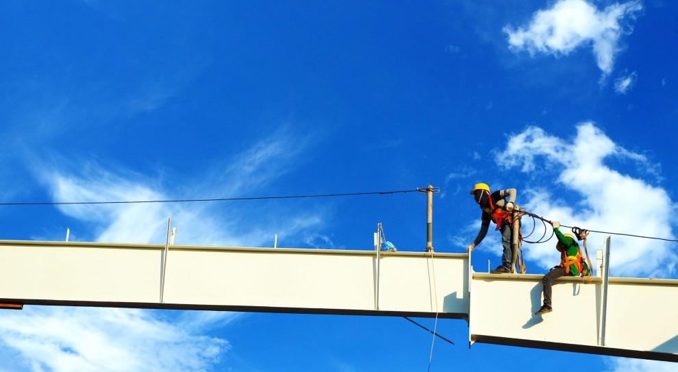 Wypadki w pracy: Firmy coraz bezpieczniejsze? W rzeczywistości jest inaczej