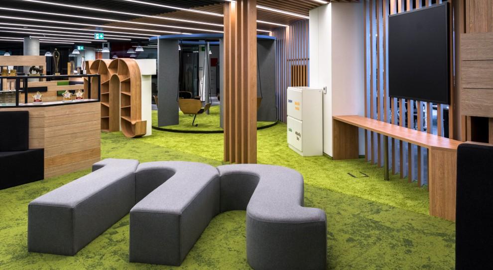 mBank z nową siedzibą w Łodzi. Tak wygląda biuro urządzone z myślą o pracownikach