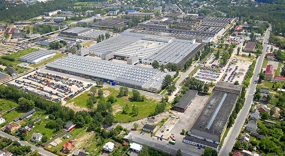 Ponad 228 mln zł inwestycji i 122 nowe miejsca pracy w starachowickiej strefie