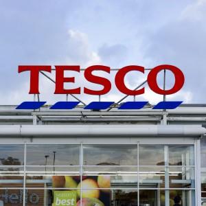 Tylu pracowników zwolniło Tesco