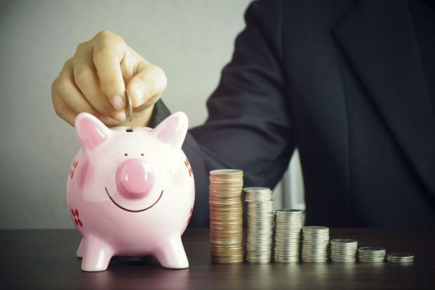 Polacy zarabiają coraz więcej. Średnia pensja Wkrótce przekroczy 5 tys. zł?