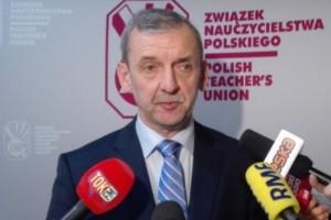 Podwyżki dla pracowników oświaty. ZNP i Forum Związków Zawodowych chcą spotkania z premierem