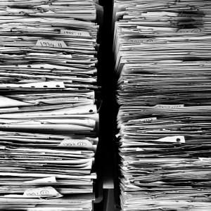Jak długo trzymać akta pracownicze? Senat właśnie zmienił przepisy