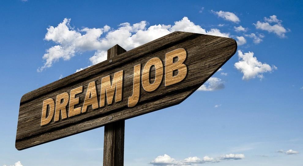 Rekrutacja w firmach. Kiedy warto wysłać CV?