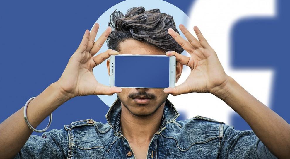 Pracownik a social media: Jak zachęcić go do promowania firmy w sieci?