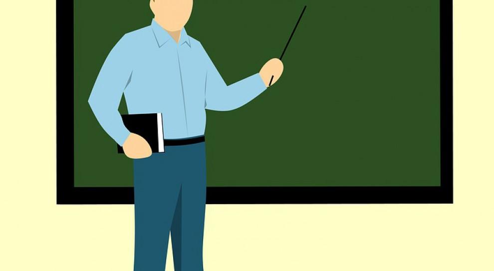 MEN: są zapewnione środki na podwyżki dla nauczycieli