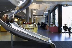 Oto TOP 5 firm technologicznych, których biura przyciągają pracowników