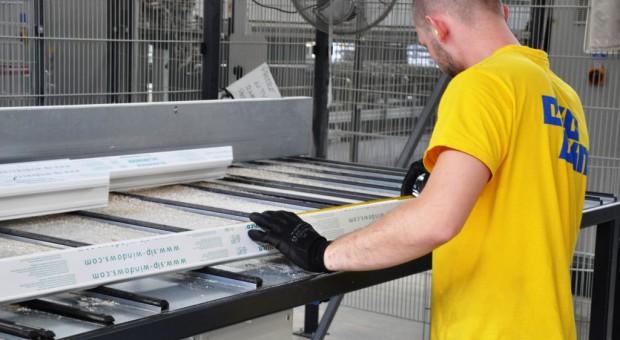Praca w Eko-Okna: Firma wypłaci nowym pracownikom premię aktywizacyjną