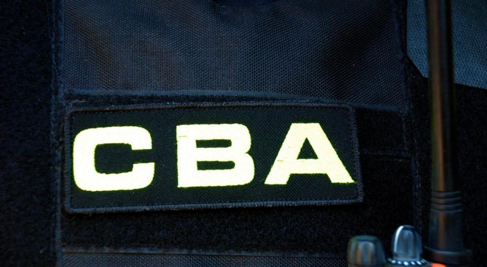 Korupcja: Były dyrektor NFZ podejrzany o łapówki