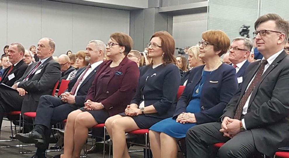 Anna Zalewska: będzie obowiązek doskonalenia zawodowego nauczycieli