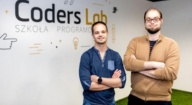 Grupa Pracuj objęła udziały w Coders Lab. Powstanie szkoła IT