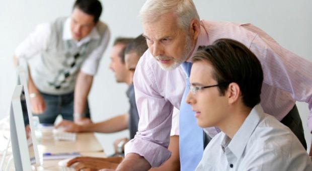 Doświadczeni biznesmeni wskażą młodym, jak rozwijać biznes
