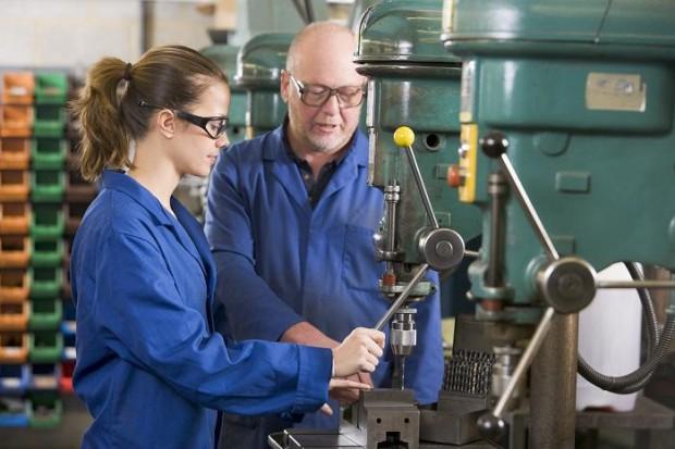 Tak szkoły zawodowe chcą zwiększyć szanse absolwentów na rynku pracy
